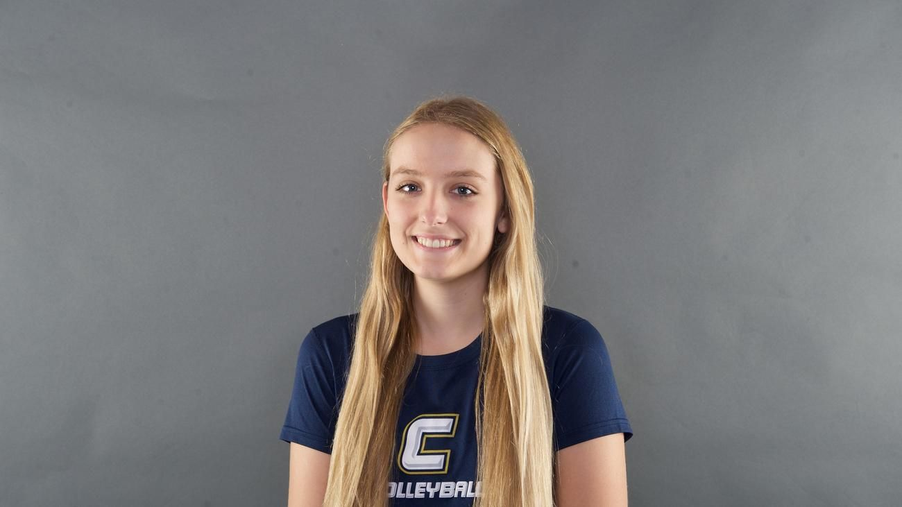Jessie Underwood S Calvary Christian Senior Volleyball Players Volleyball Players