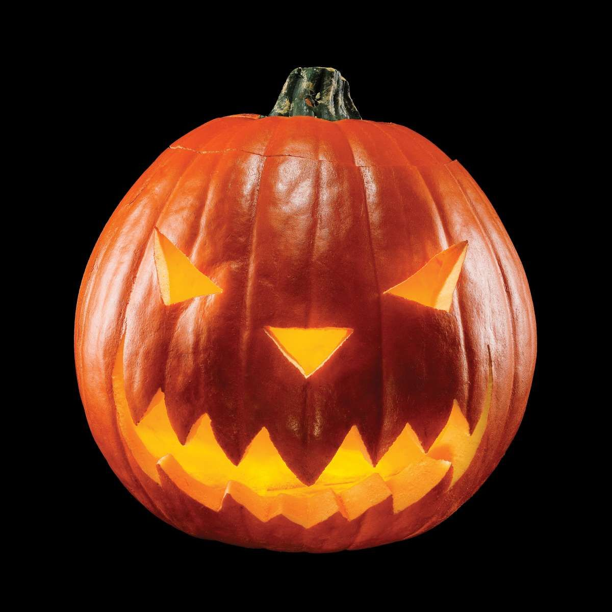 How To Build A Flameless Hack O Lantern