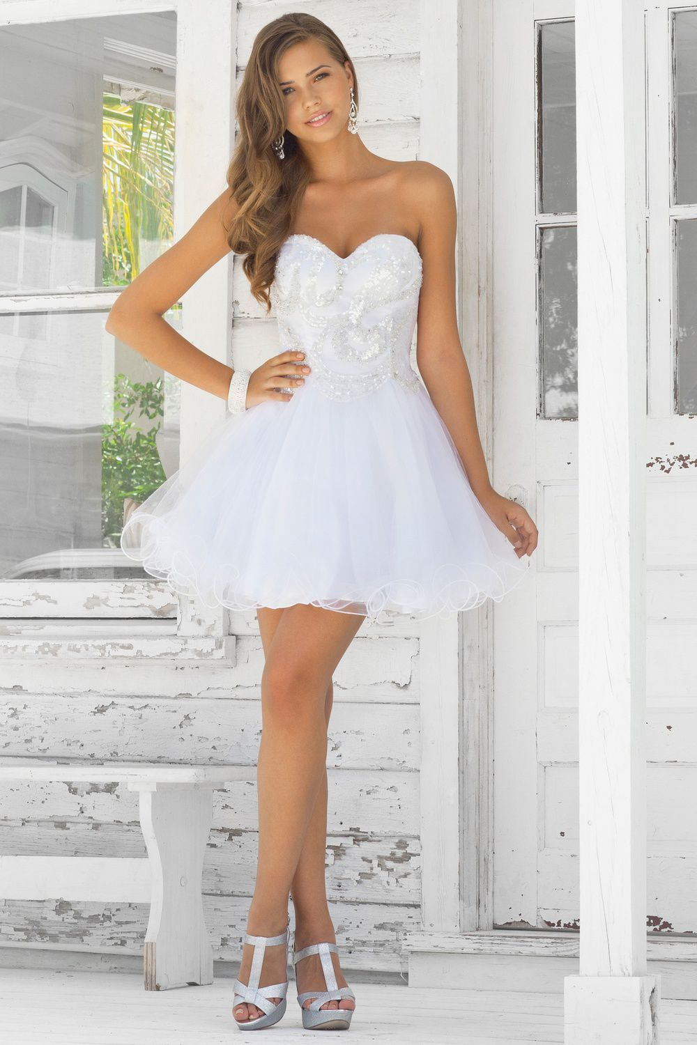 Sweetheart Neckline Short Wedding Dress