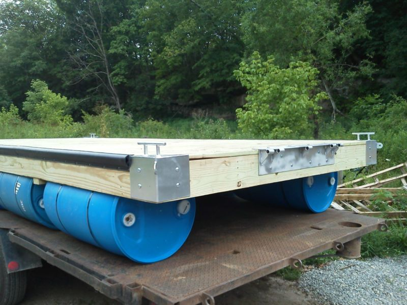 8 39 x 12 39 floating boat dock with blue plastic 55 gallon for Barrel cabin plans
