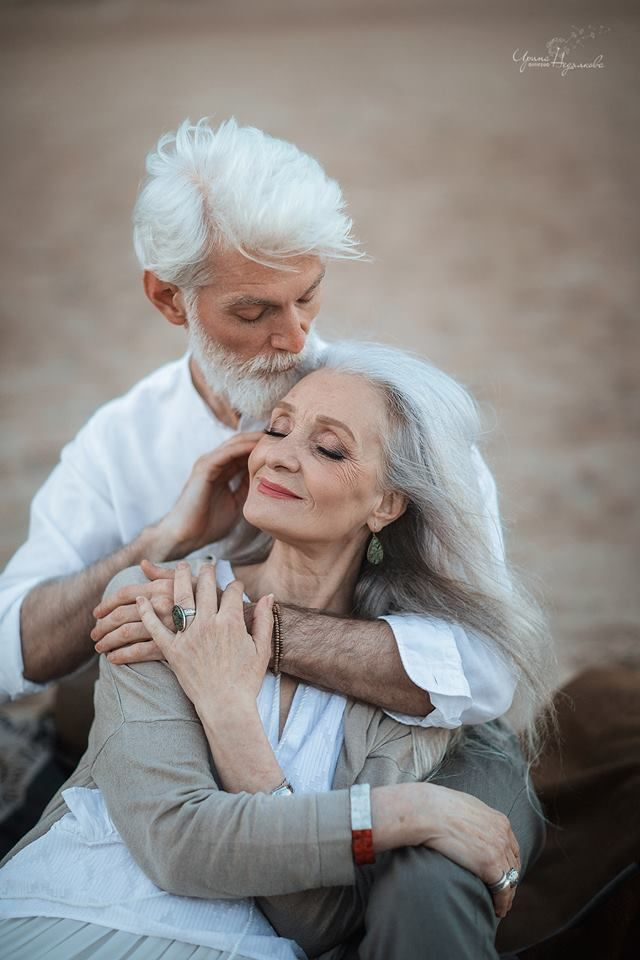 60 Hearttouching Photos Of A Beautiful Elderly Couple Prove That Unique Heart Touching Qua