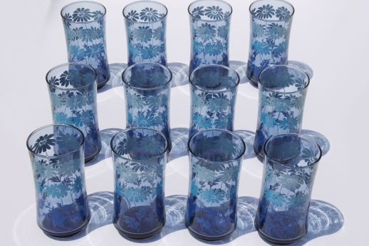 70s Vintage Libbey Drinking Glasses Set Of 12 Retro Blue Fade Color W Daisy Print70s Vintage Libbey Drinkin Blue Drinking Glasses Fade Color Drinking Glasses