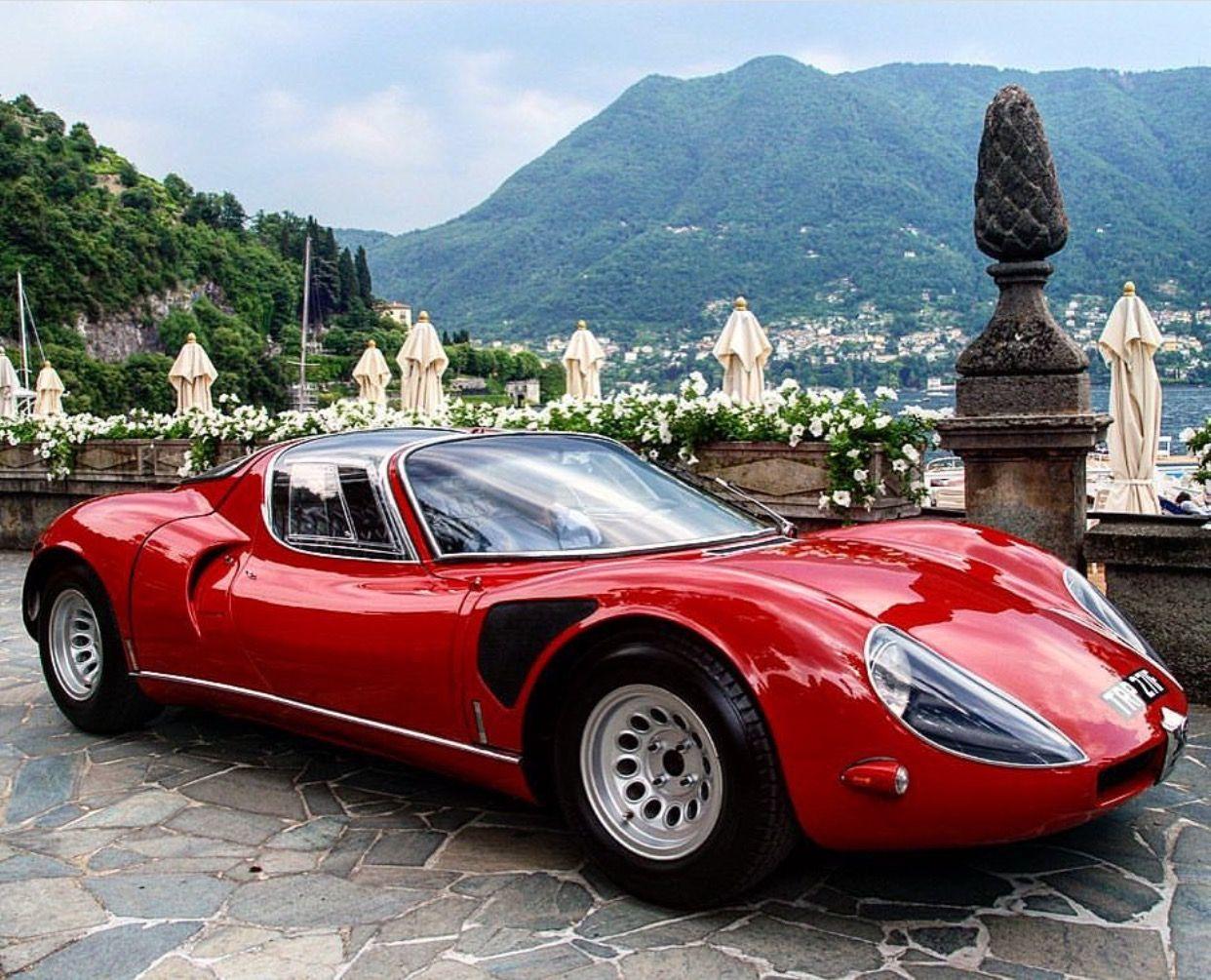 Alfa Stradale Gentleman's Essentials Classic cars