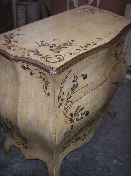 Mobili laccati mobili decorati mobili dipinti e laccati for Mobili decorati