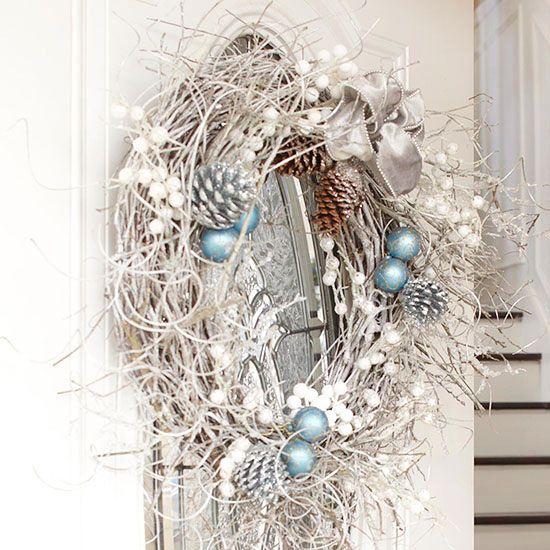 weihnachtsdeko ideen winterlich in wei weihnachtsdeko pinterest weihnachtsdeko ideen. Black Bedroom Furniture Sets. Home Design Ideas