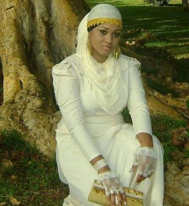 This is the kind of dress our Israelite women wear