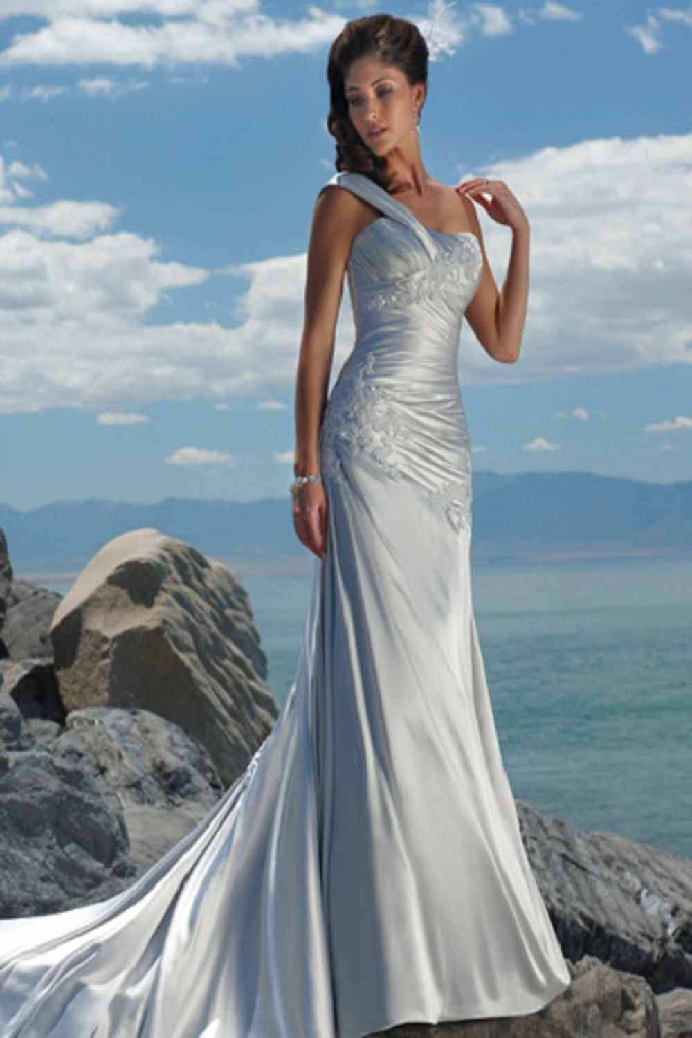 Be Awesome With the Beach Wedding Dress | Fashion Grapher | wedding ...