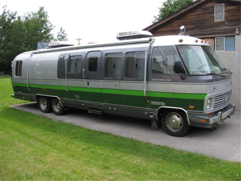 airstream class b for sale canada