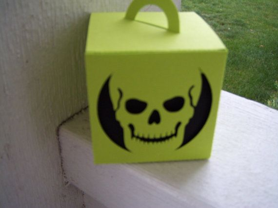 Mini Skull Halloween Box set of 20 by zbrown5 on Etsy, $14.00