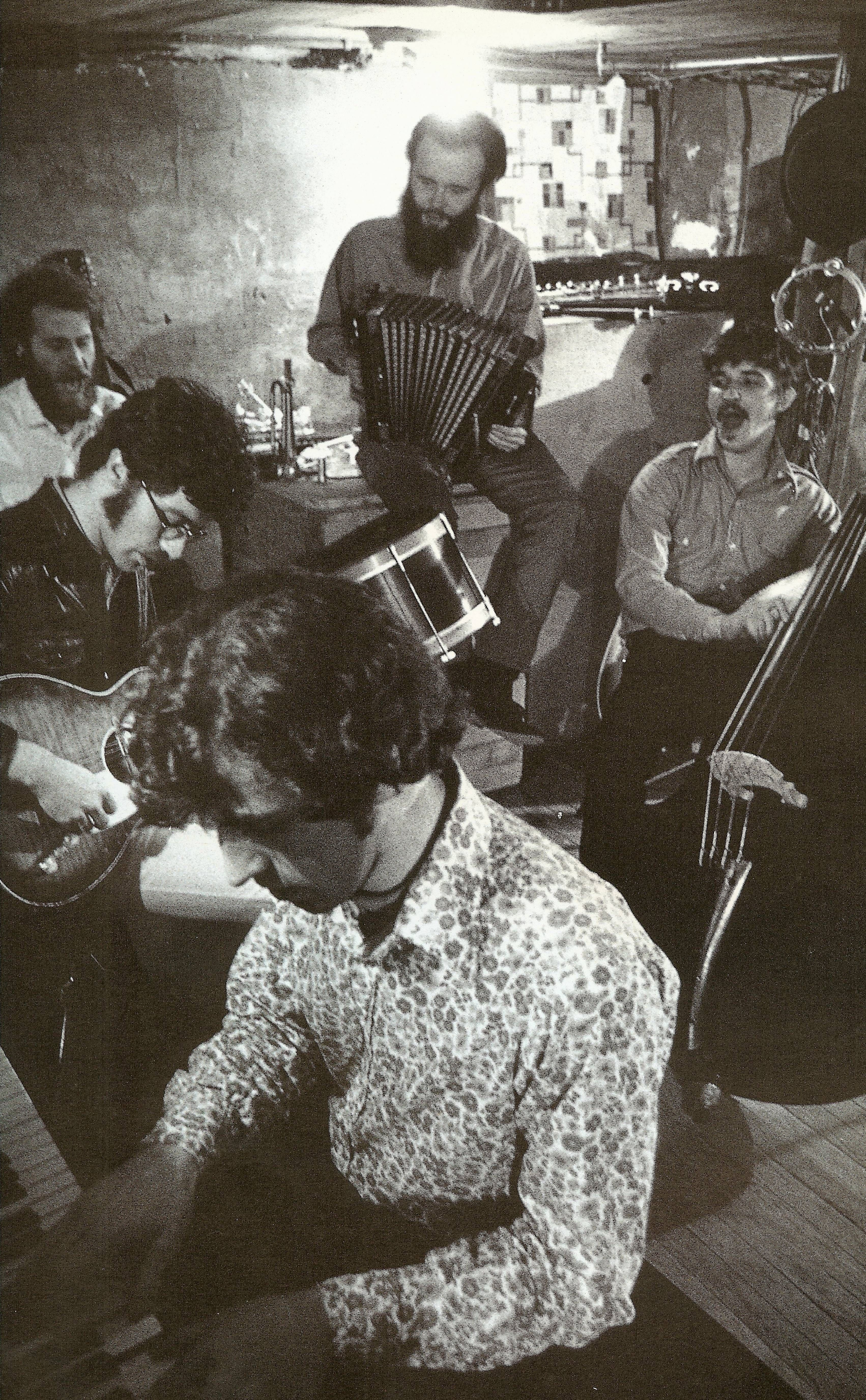 The Band hanging out Rick Danko, Levon Helm, Garth