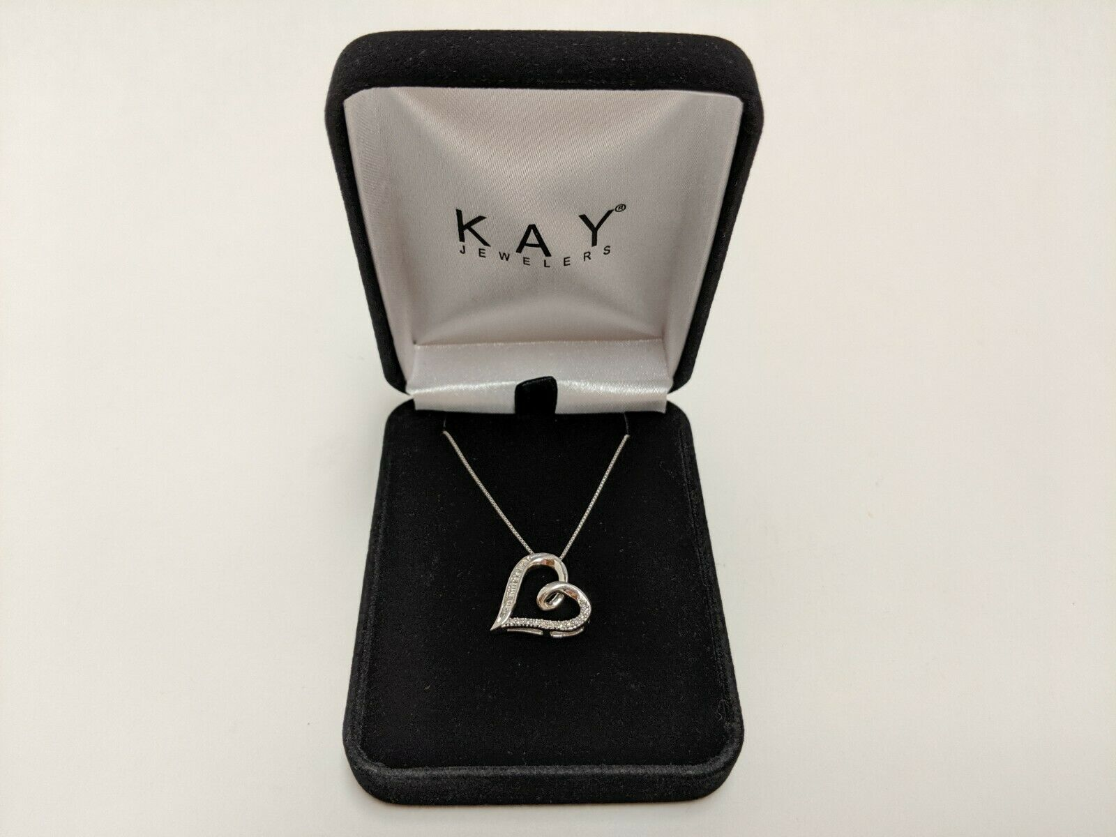 Pin By Bone Jack Vintage On Ebay Shares Heart Necklace Diamond Necklace Kay Jewelers Necklaces