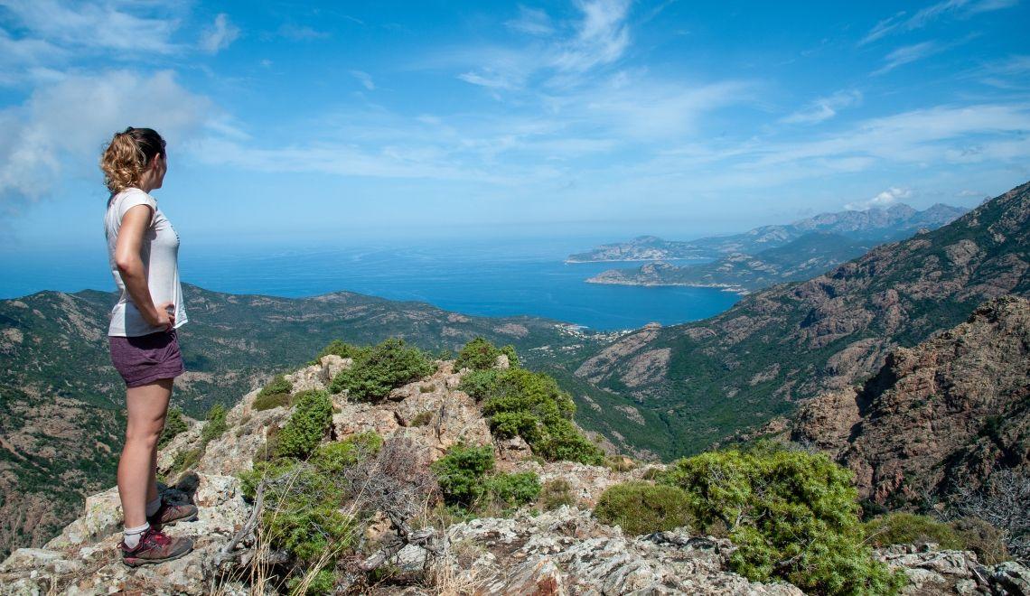 Le Mare I Monte Guide Complet Pour Votre Randonnee Les Baroudeurs Randonnee Randonnee Corse Feu De Foret