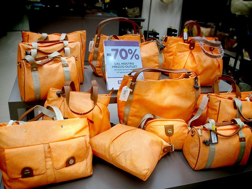 b3a26a7a36 Borbonese -70% | Big&Chic tutto al -70%* | Bags, Logos e Fashion