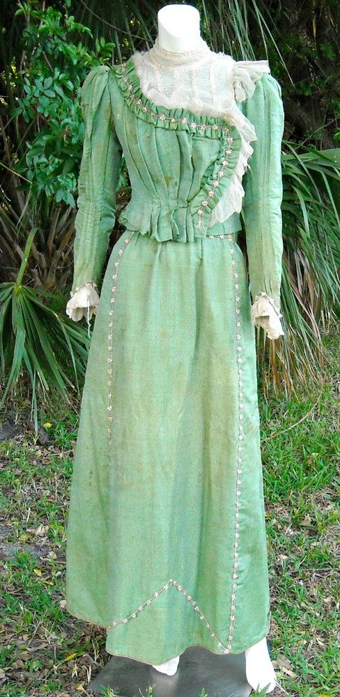 Retro Revolution Where To Find Vintage Clothing In: Antique Victorian Dress Italian 1890s Green By