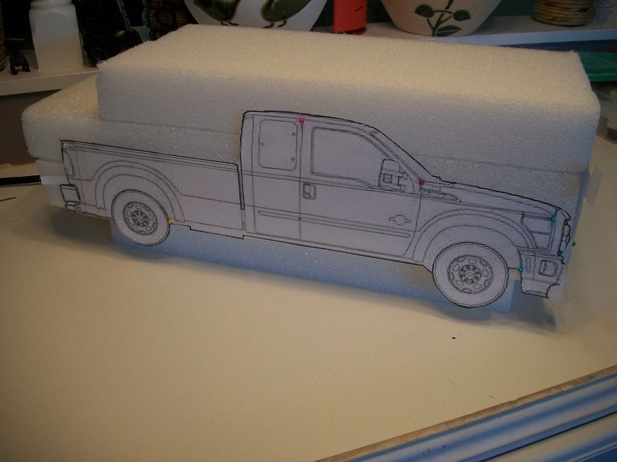 dummy cake-ford f350 cabelas super duty special-to go with the wedding cake, styro but covered in fondant