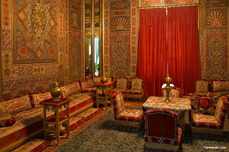 Turkish home decor turkish and arabic decor styles for Arabic living room decoration