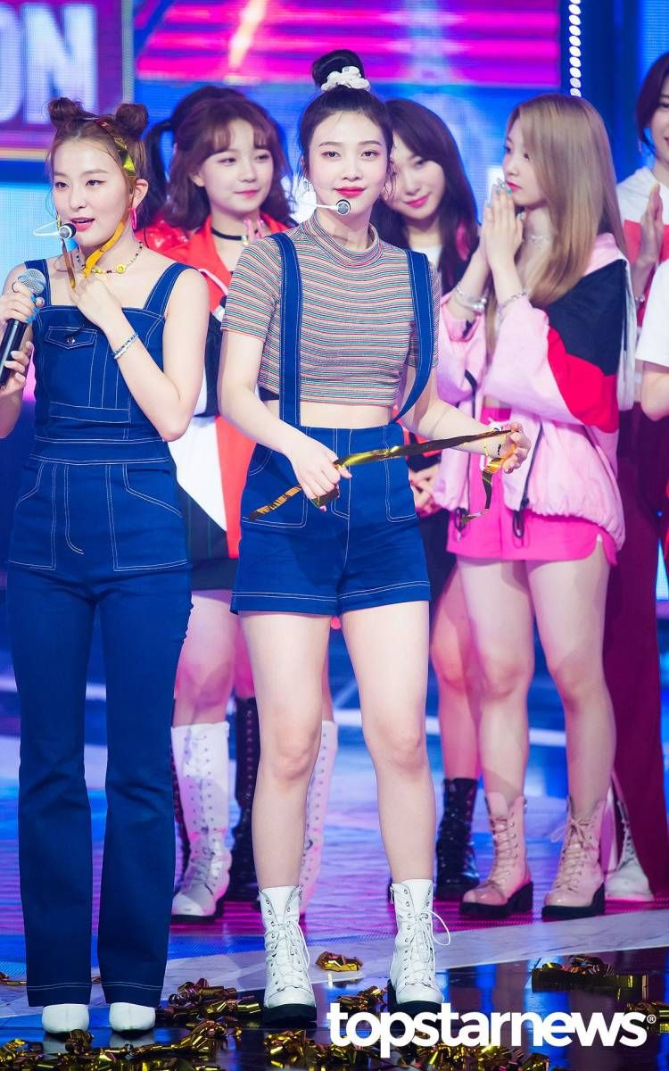 190828 Red Velvet S Joy At Show Champion Red Velvet Joy Red Velvet Velvet
