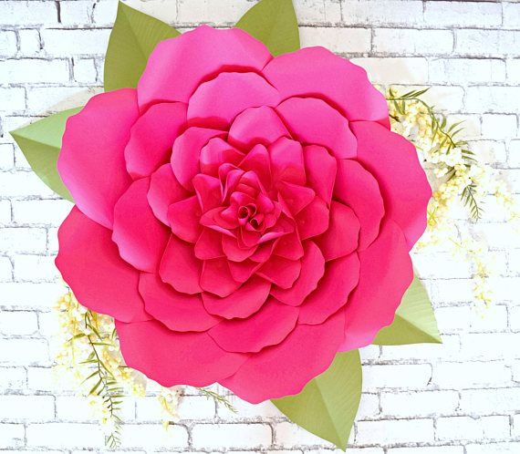 DIY Large Paper Flowers, Giant Paper Flowers Templates & Tutorials, Paper Flower SVG Cut Files, Printable Templates #giantpaperflowers