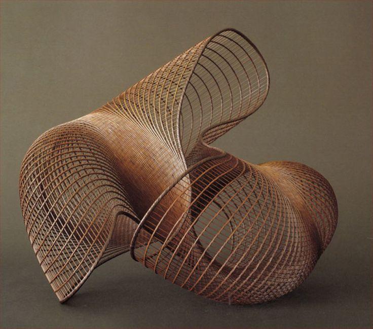 Japanese ikebana sculpture bamboo basket weaving for Making bamboo things