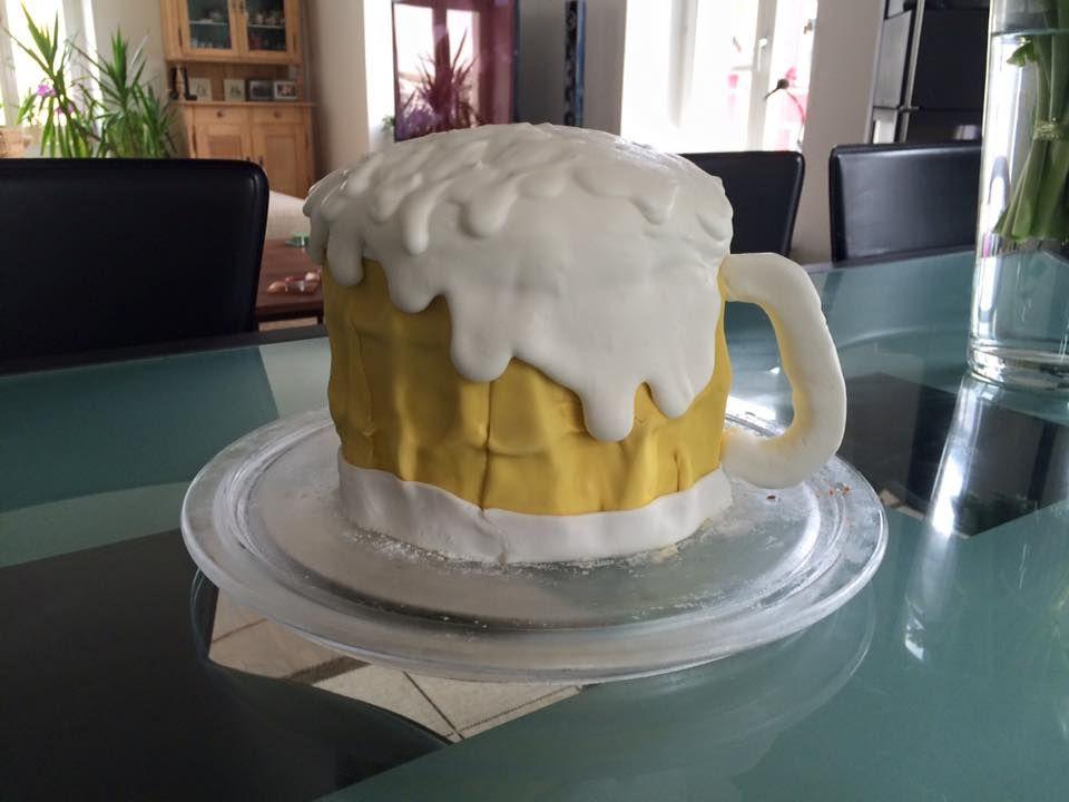 A Beer Cake - how funny! Ein Bier-Kuchen, lustige Idee! | Süsse ...