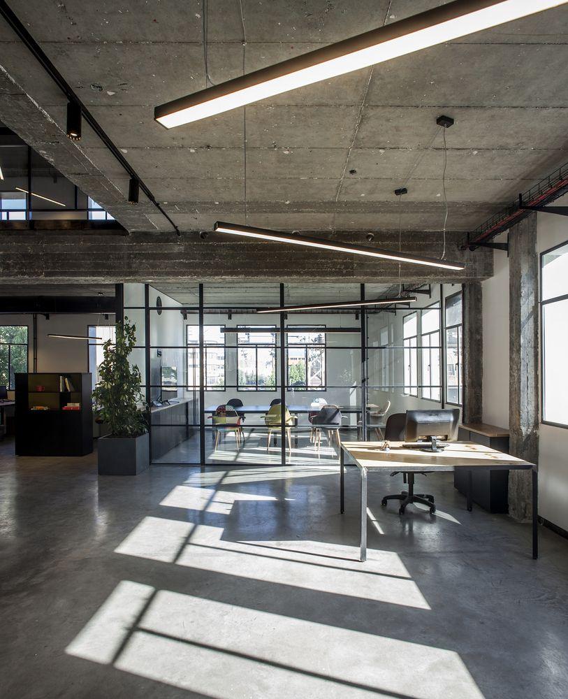 Gallery of HQ / Roy David Studio 10 in 2019