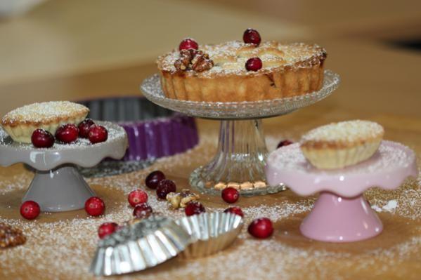 Mince pies in different shapes and sizes Mince Pies, verschiede Größen und Formen