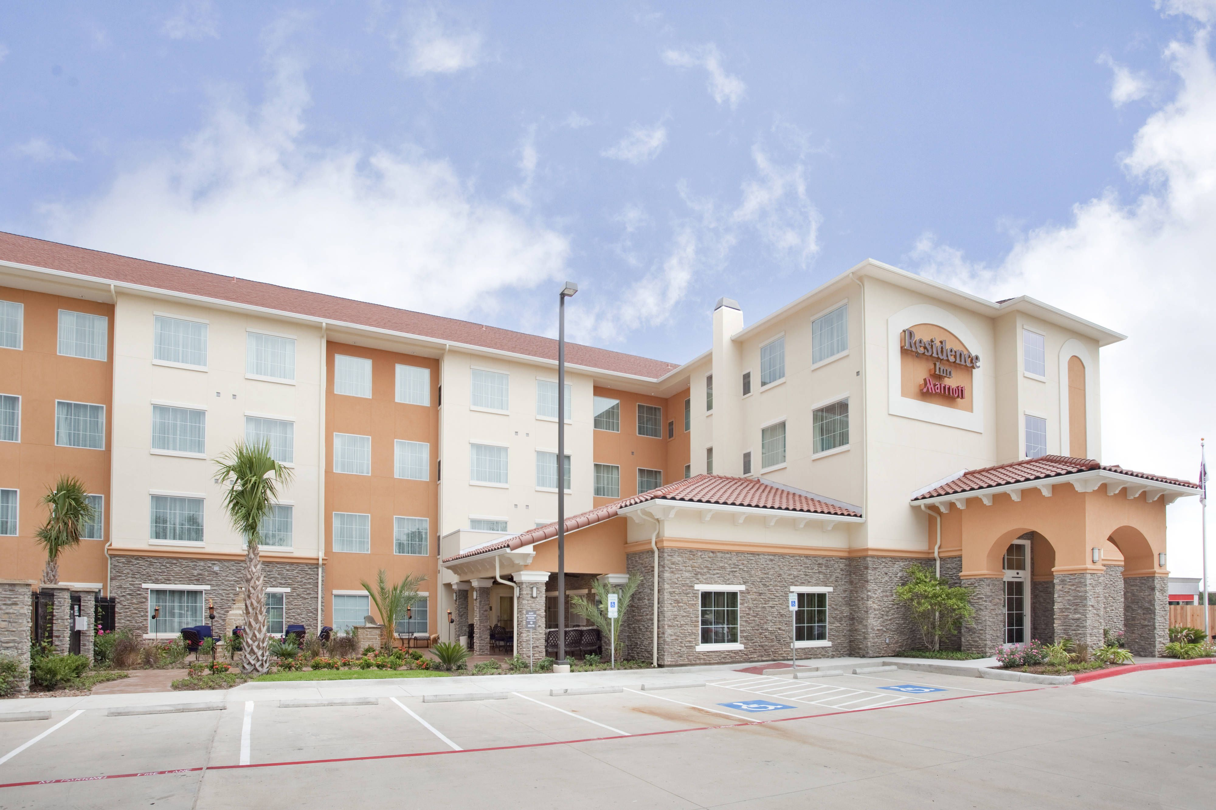 Residence Inn Houston I 10 West Park Row Exterior Traveling