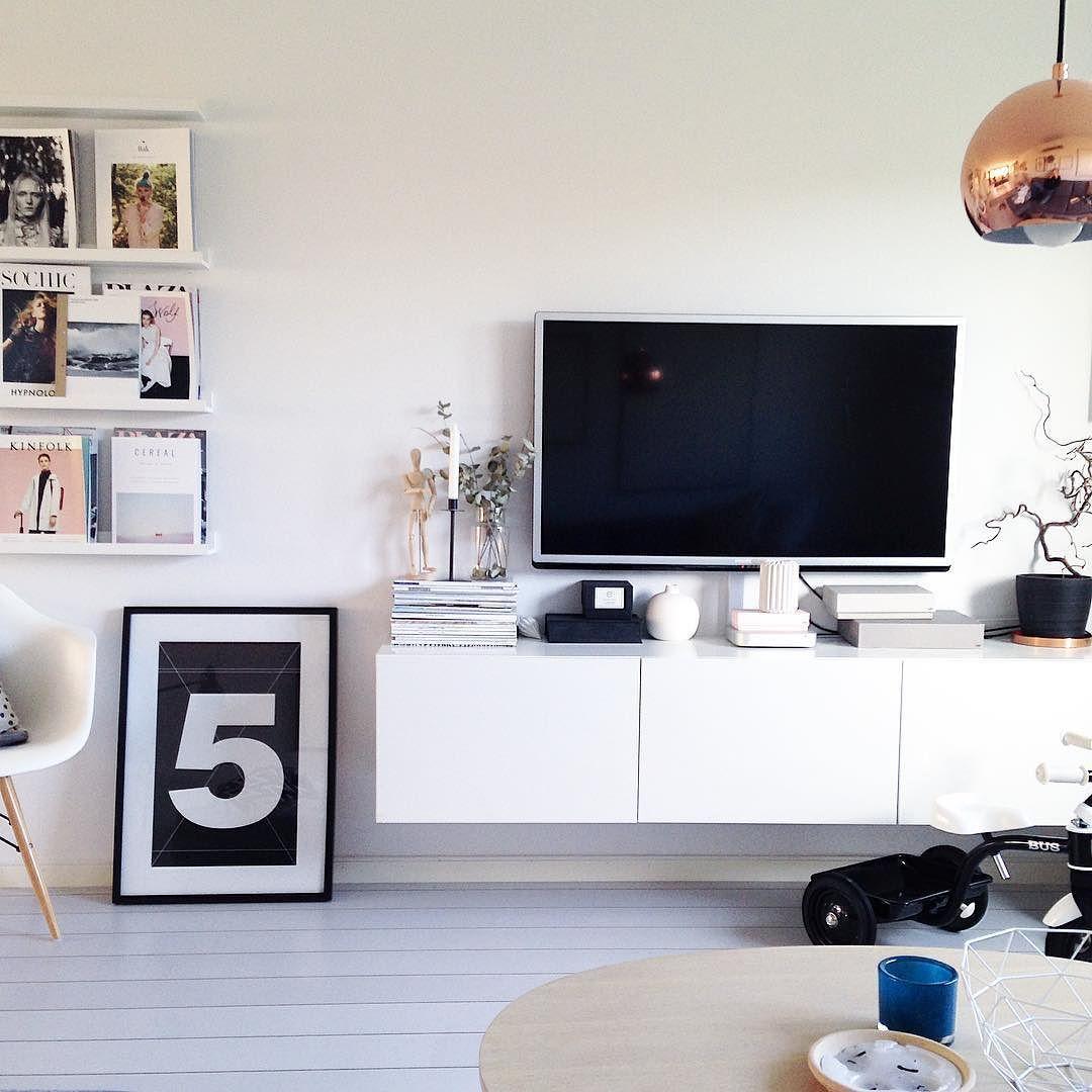 HEY SWEET INSTAFRIENDS!  Todays picture is from our dear livingroom. Hope you all had a great Monday! Hugs!  #mitthem #myhome #livingroom #vardagsrum #emiliemadelene #magazines #ikea #bestå #homedecor #interior4all #interior2you #hjem #interior123 #rom123 #inredning #interiorinspo #interior #finahem #roomforinspo #heminredning #nordicdesign #inredningsinspiration #skandinaviskehjem #instahome #interiør #inredningsdetalj #hemmahosmig #onlyinterior  #boliginspiration #nordiskehjem by…