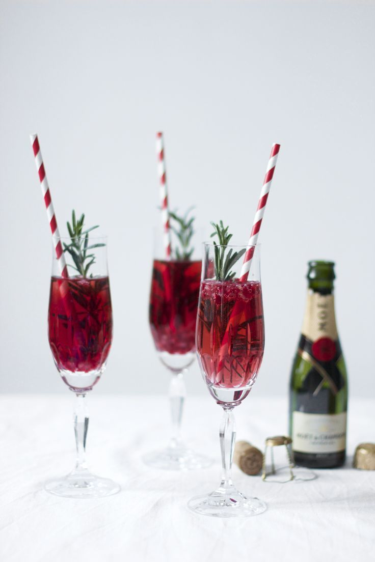 Photo of Drinks: Pomegranate, rosemary and champagne cocktail – we love handmade