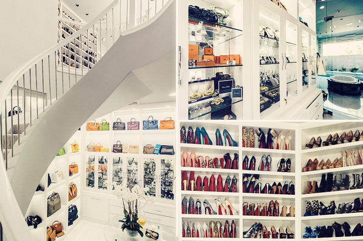 The biggest closet in the world is up for sale dressing for Best walk in closets in the world