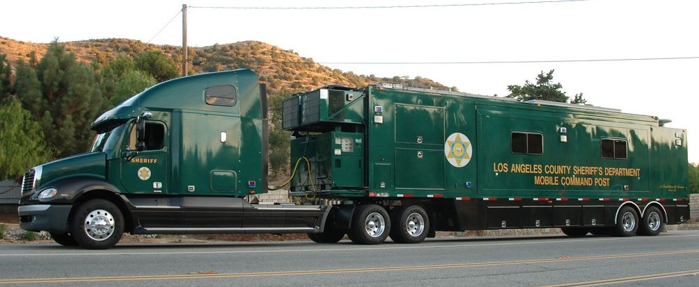 Los Angeles County Ca Sheriff S Department Mobile Command Post Freightliner Columbia 120 Police Cars Police Truck Rescue Vehicles