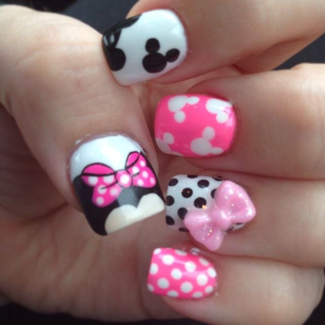 My minnie mouse nails from delight nails LOVE | nails oh la la ...
