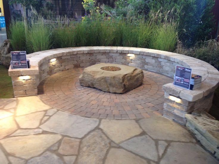 Captivating Quaint Seating Area Featuring Pavestone Plaza Pavers, A RumbleStone Seating  Wallu2026