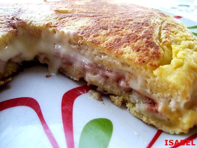 """RECETA SACADA DEL BLOG """" EL CALDERO DE LA PACA  """"    INGREDIENTES:    8  rebanadas de pan de molde sin corteza  4 lonchas de jamón de yo..."""