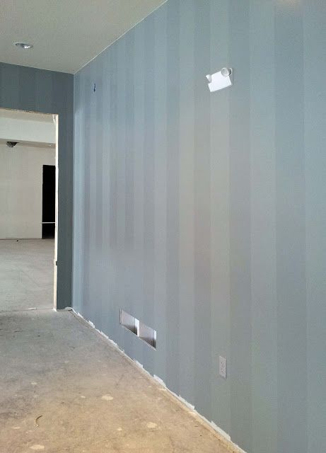 Paint Semi Gloss Stripes Over Flat Base Paint In Tone On Tone Colors
