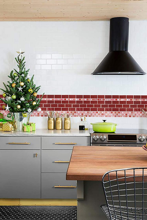 revamp your kitchen with these backsplash ideas , #homedecor #homedecoration #diyhomedecor #homedecorating #decorhome #homedecorideas #homedecorlovers #homedecorationideas #homeanddecor#kitchendecor #kitchendecoration #kitchendecorating #kitchendecoratingideas#kitchenlayoutideas #decorateyourhome #homedecorblog#backsplash