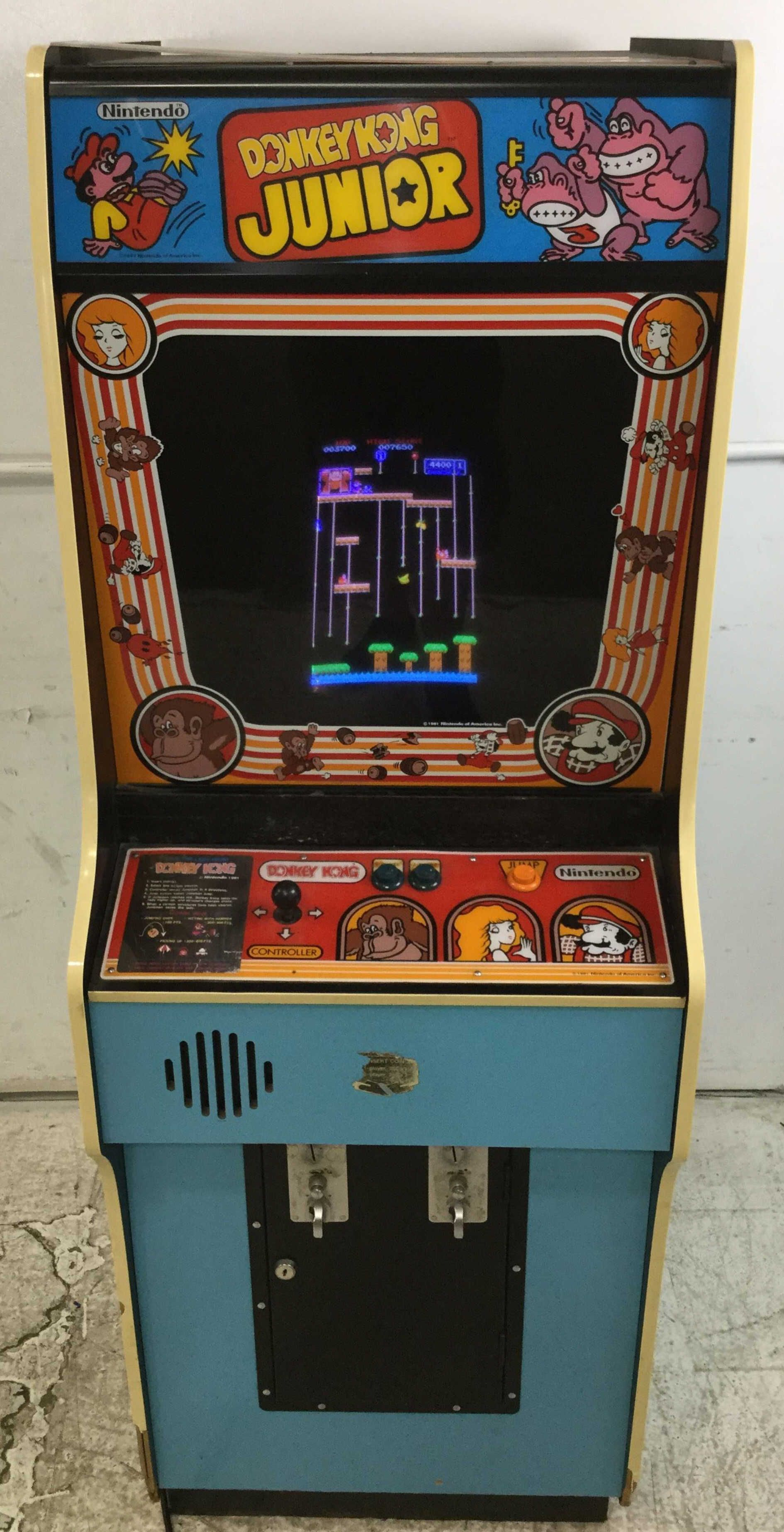 Nintendo Donkey Kong Junior Arcade Game SOLD 750 (With