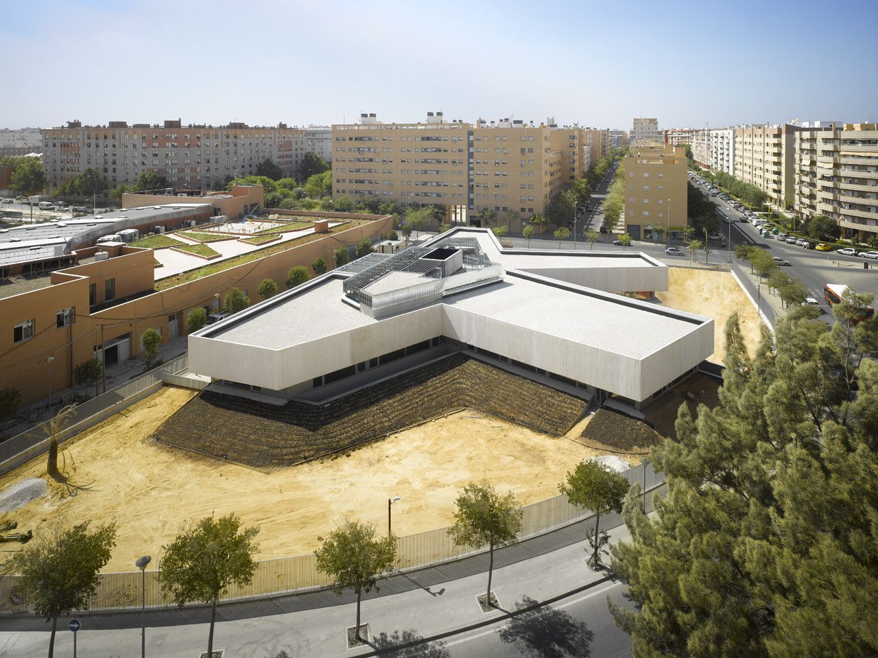 Gallery Of Eastern District Of Seville Police Station Paredes Pedrosa 1 Police Station Seville Architecture People