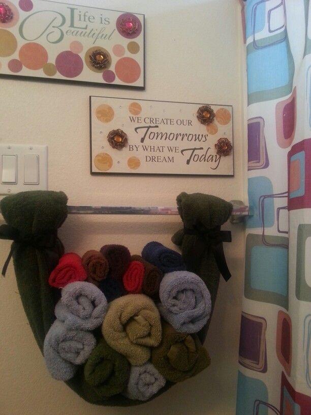 """marvellous diy bathroom towel storage ideas   DIY Bathroom Towel Storage : pinner said, """"Cute towel ..."""