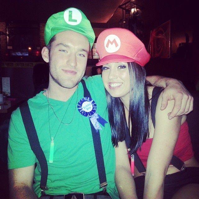 Mario and Luigi couples costumes  sc 1 st  Pinterest & Mario and Luigi couples costumes | Costume Ideas | Pinterest | Costumes