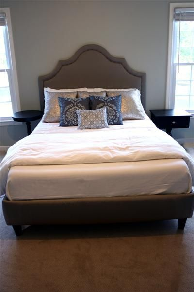 Diy Upholstered Platform Bed With Curved Fabric Headboard Diy Home