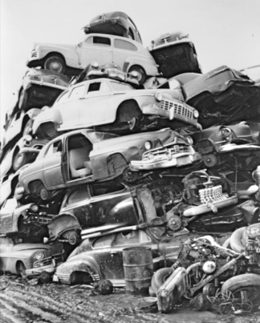 Vintage Everyday: Vintage Photos Of Classic Car Salvage
