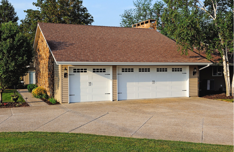 Rustic Craftsmanship Brings Unparalleled Warmth And Individuality To Our Line Of Carriage House Garage Doors Carriage Style Garage Doors Carriage Garage Doors
