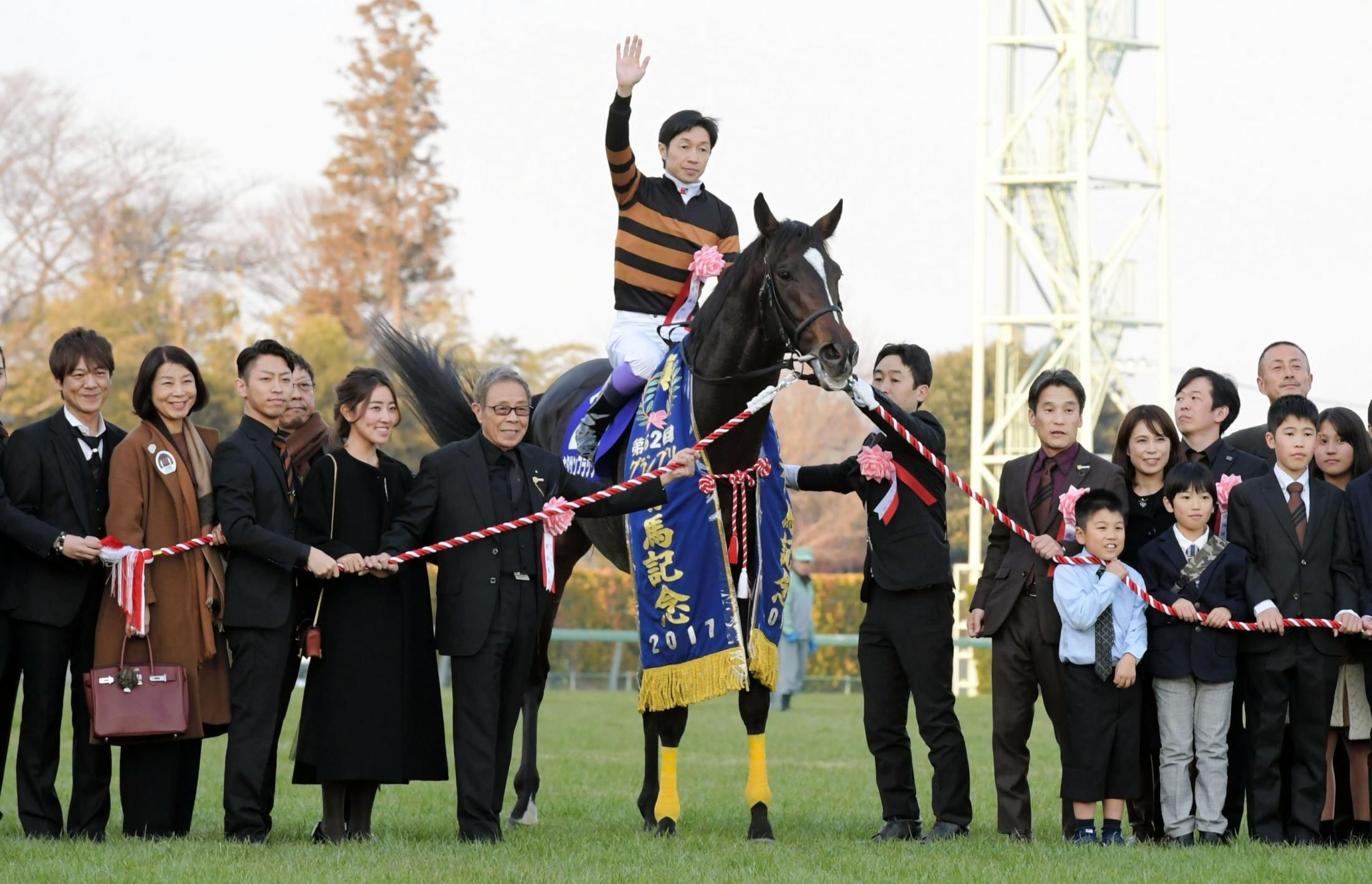 有馬記念競馬キタサンブラックと馬主の壁紙