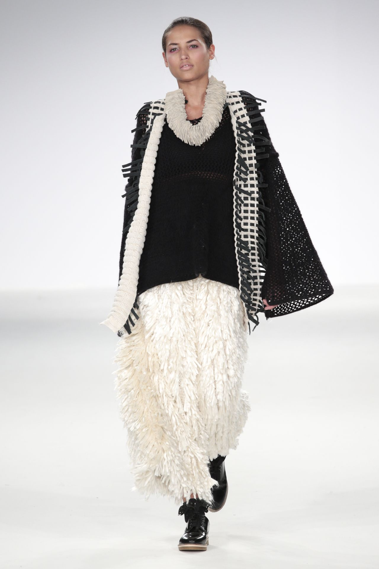 Rebecca Swann - Stuart Peters Visionary Knitwear Award - BA Fashion Knitwear Design 2015