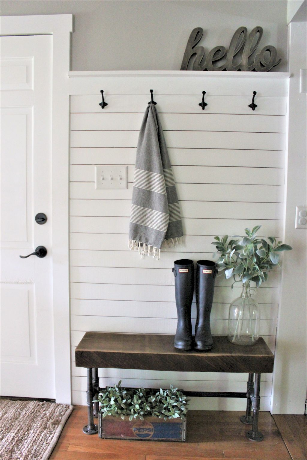 Room Awesome 94 Functional Small Entryway