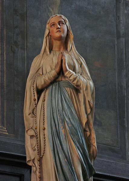 Roman catholic teachings in regard to marys virginity