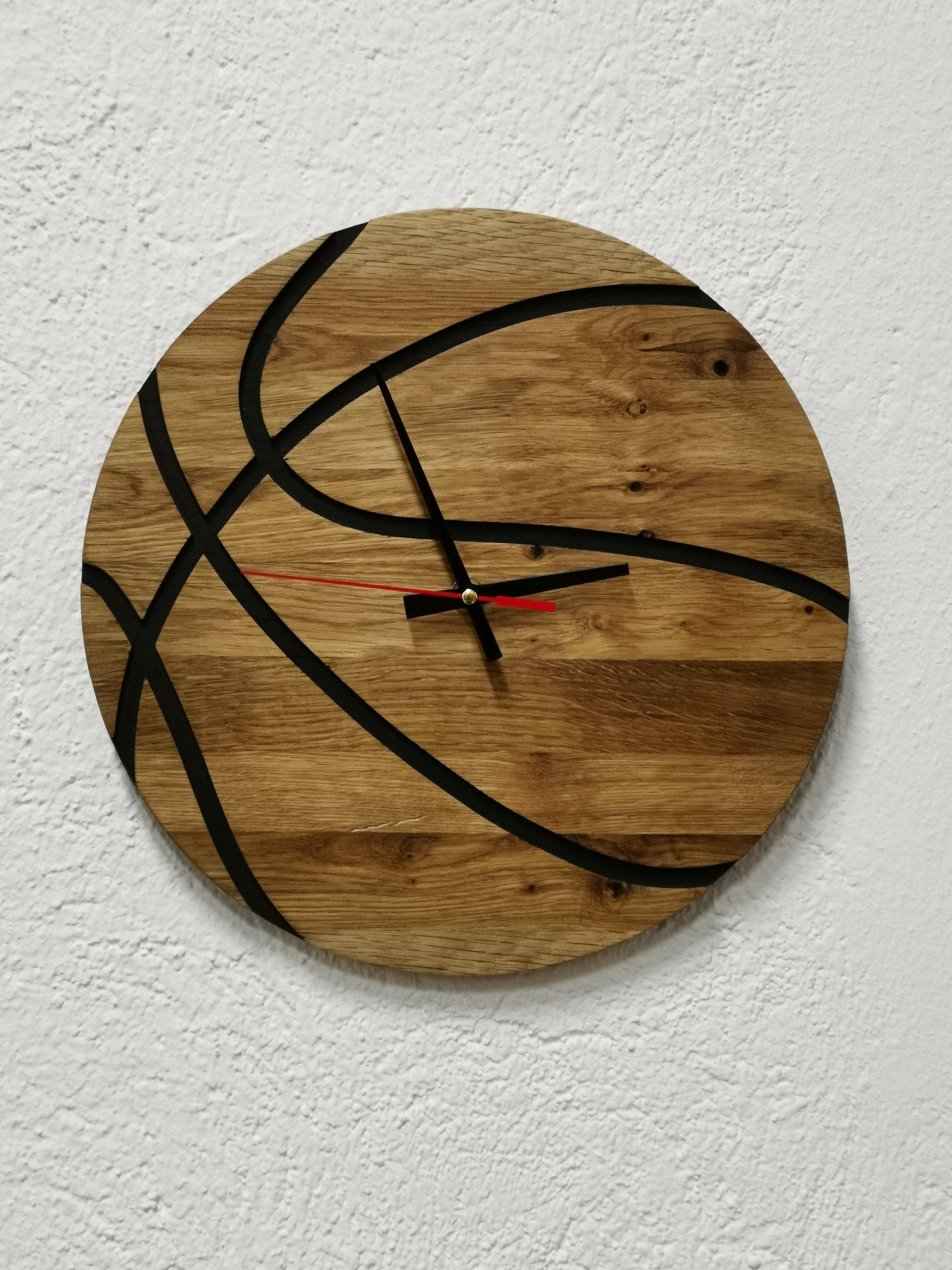 11 Basketball Handmade Wooden Wall Clock Oak Wood Round Clock Rustic Contemporary Clock Wall Art Home Office Living Room Sport In 2020 Wooden Walls Wall Clock Oak Clock Wall Decor