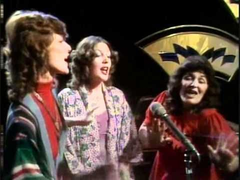 Mott The Hoople Roll Away The Stone Live Totp 1973 Mott The Hoople Hoople All The Young Dudes