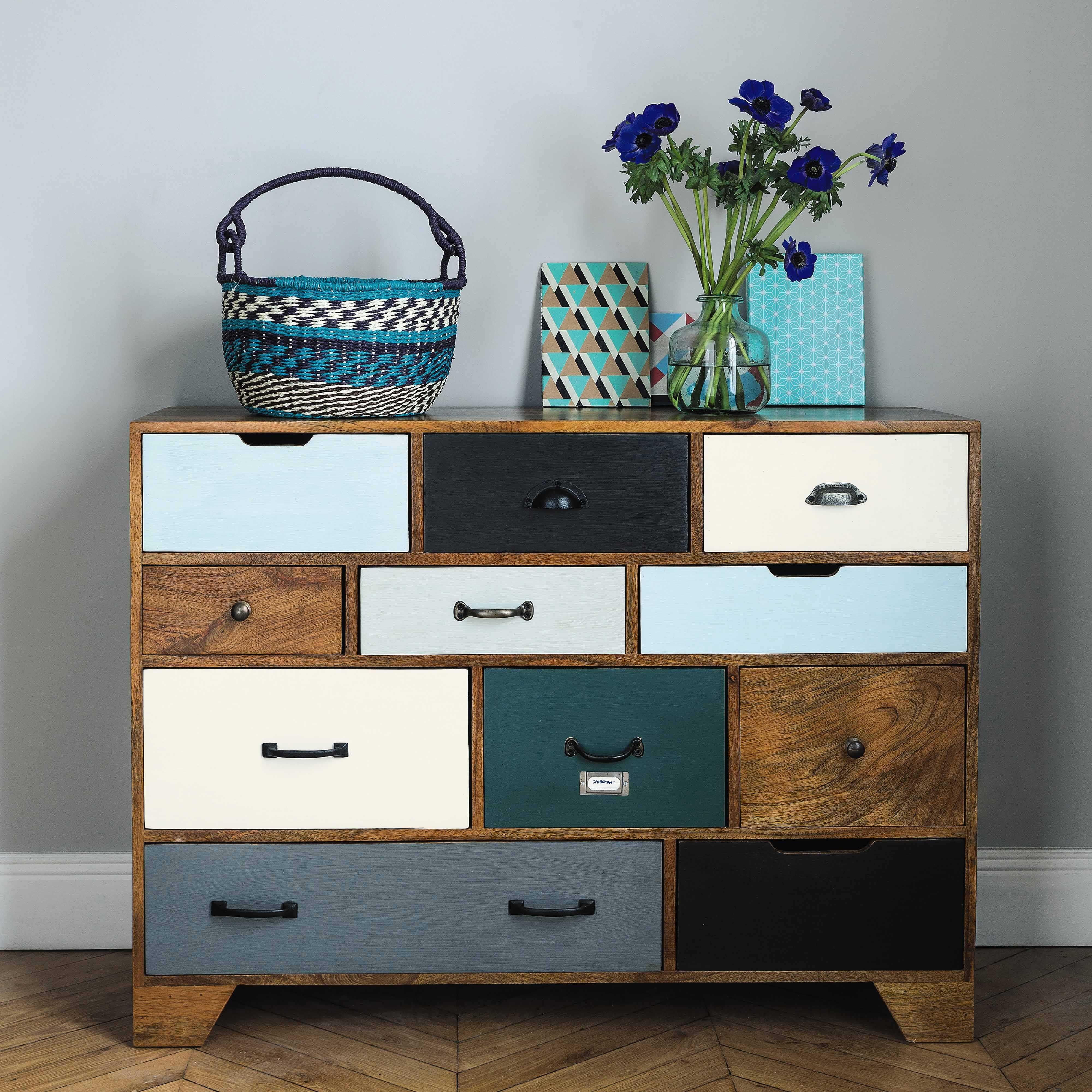 Schubladenmobel Im Vintage Stil Aus Massivem Mangoholz B 114 Cm Picadilly Maisons Du Monde Vintage Cabinets Rustic Furniture Design Rustic Style Furniture
